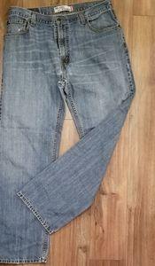 Men's Vintage Levi's 559 Jeans